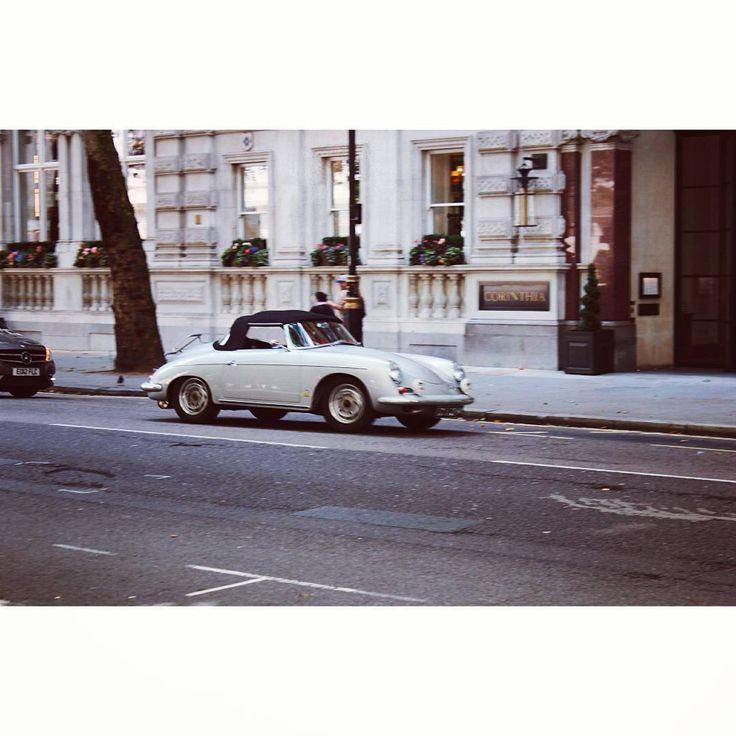 #vintagecar #vintage #streetsoflondon #london #corinthia #visionlondon #instago #instacar #instashot #instagood #vsco #eyeem…