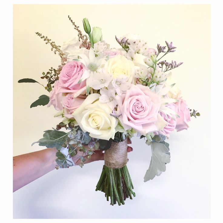 Bridal bouquet  @LaurenAlyceFD