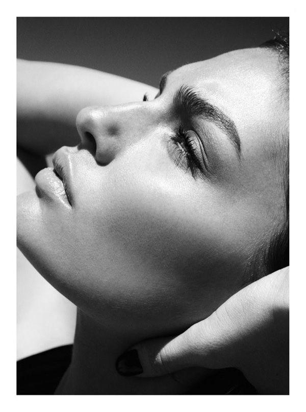 Alyssa Miller en la portada de GQ Turquía