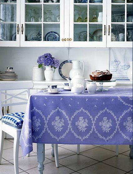 Colors, Kitchens Tables, Blue Kitchens, Dining Spaces, Periwinkle Blue
