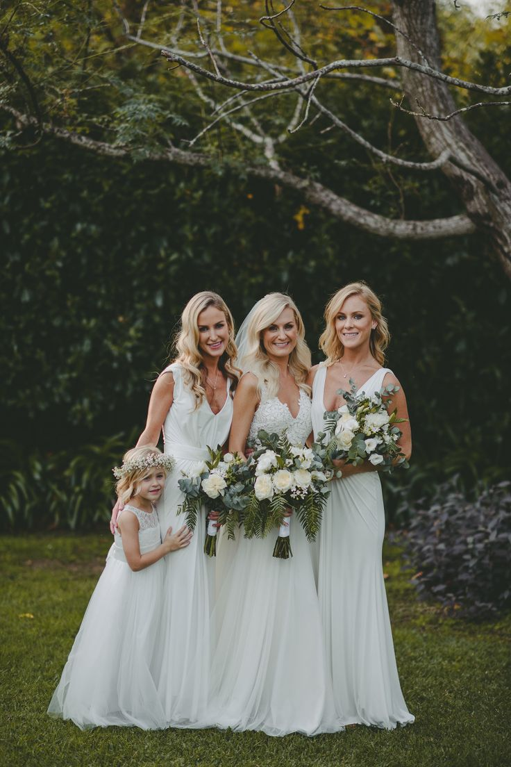 Bridal party all in white #white #bridal #dresses #flowers #bride #bridesmaid #flowergirl #feminine #beautiful Scott Surplice Photography.