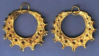 GOLD EARRINGS, 16th c BCE  From (Royal) Grave Circles at Mycenae
