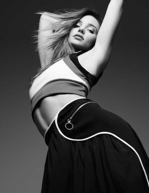 SHOOT: Miranda Kerr poseert topless voor Love Magazine | I LOVE FASHION NEWS