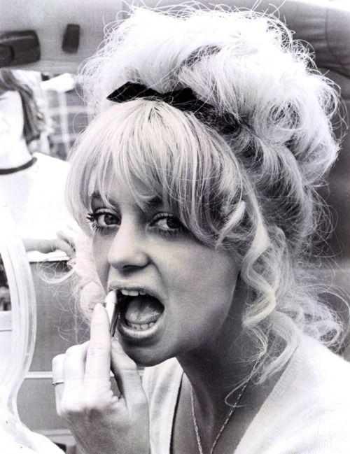 Goldie Hawn, 1977 - hair!