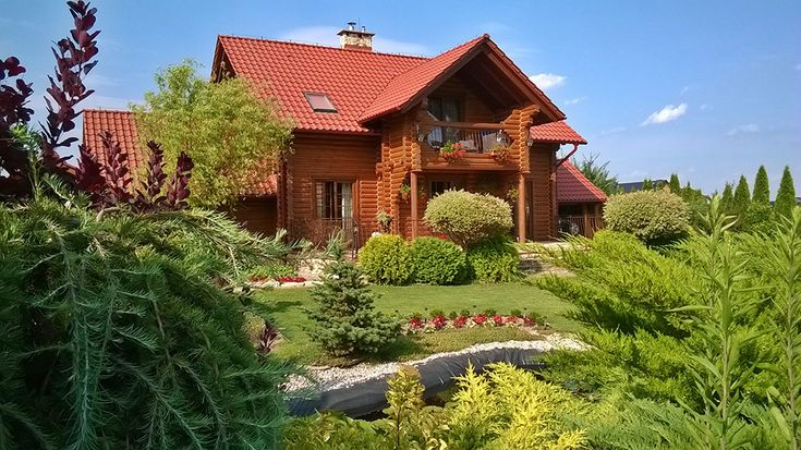 Domy z bali Drewniany dom szyty na miarę http://www.liderbudowlany.pl/artykul/489/domy-z-bali