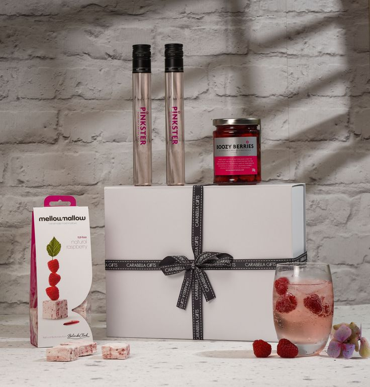 Treat a work college, customer, friend or family that truly appreciates a stunning Gin.  The carefully selected gift box is tailored to meet the needs of the Gin Lover!  A selection of fantastic raspberry infused Gin goes down a treat with the fabulous Belinda Clarke's handmade raspberry marshmallows.  http://bit.ly/gin-lovers-hamper