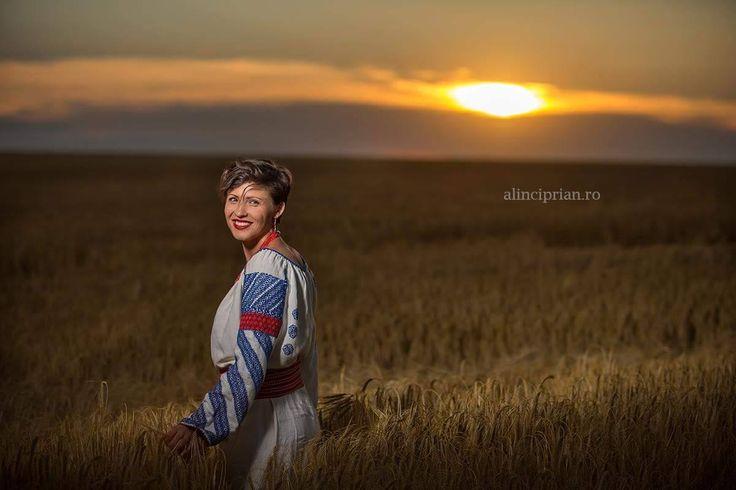 Ziua Universala a Iei Constanta Lili Sumanaru fotografiata de catre Alin Ciprian