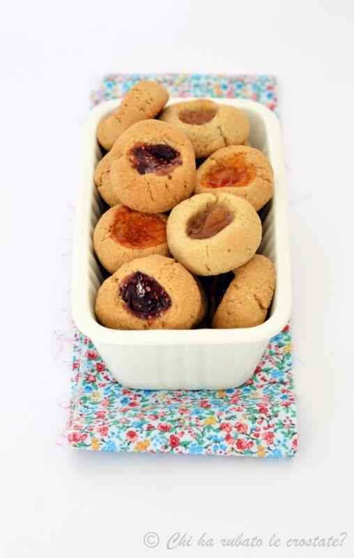 Biscotti vegani alla farina di avena e sciroppo d'acero