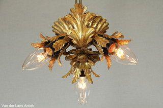 Italiaanse plafonniere 26298 bij Van der Lans Antiek. Meer antieke lampen op www.lansantiek.com