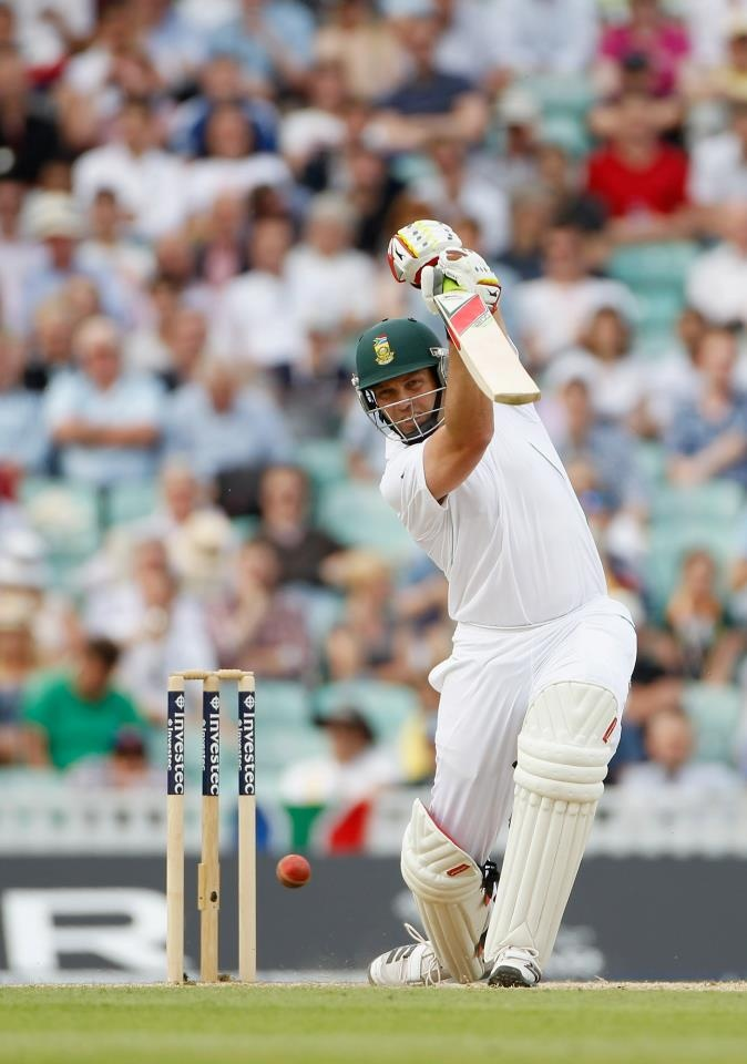 If Jacques Kallis scores a century today it will be his eighth against England, putting himself alone at the top of South Africans with 8 against them. The men with more than 8 against England are Bradman (19), Sobers & Steve Waugh (10) and Greg Chappell (9).