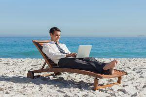 Как уволиться с работы и заработать миллион долларов: 50 вопросов и ответов. Каждый человек может заработать миллион! Стоит только захотеть! Как начать новую жизнь и стать миллонером вы узнаете в этой статье. | http://omkling.com/zarabotat-million/