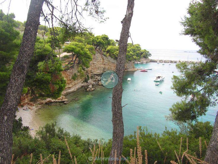 Αλόννησος φωτογραφίες παραλίες αξιοθέατα δρομολόγια ξενοδοχεία διαμονή διακοπές σποράδες | Αλόννησος Alonnisos Alonissos island Greece