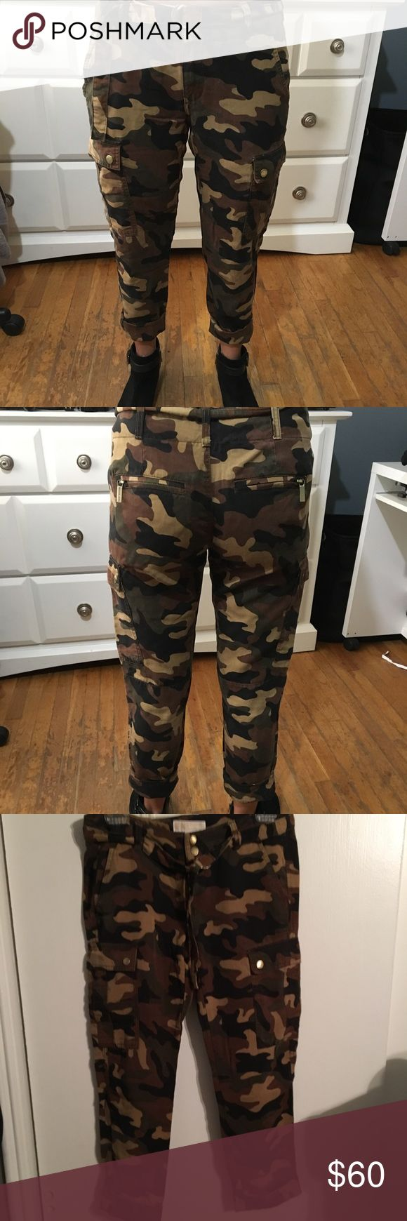 Michael Kors  camo pants Stylish and fun previously loved camouflaged pants by Michael Kors. MICHAEL Michael Kors Pants Ankle & Cropped