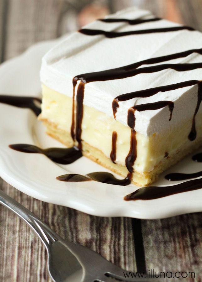 Cream Puff Cake { lilluna.com }