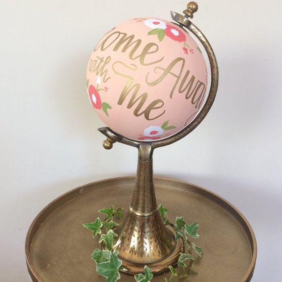 Wedding globe / guestbook alternative / by SugarAndChicShop