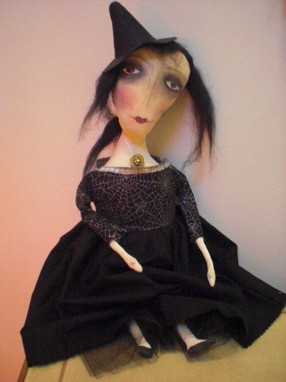 Primitive Goth Witch Doll by Linda Hannemann of moonbeamprimitives on EtsyCrafts Ideas, Gothic Treasure, Linda Hannemann, Primitives Goth, Simply Prim, Boos Things, Witchy Folk Art, Goth Witches, Art Dolls