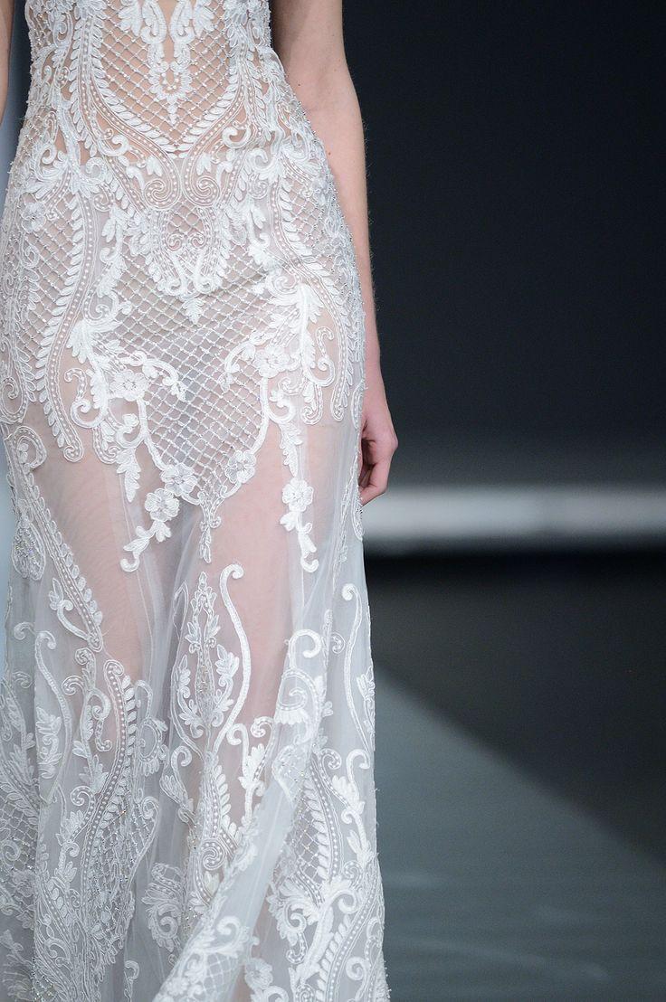 CHIARA #weddingdress #offwhite #mermaid #weddinggown with #Guipure #lace