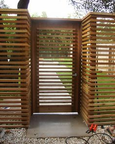 Horizontal picket fence - 1 in pickets, western red cedar - we actually did this!