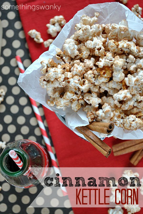 Who knew making Kettle Corn was SO EASY? And adding a pinch of cinnamon jazzed it up perfectly! | www.somethingswanky.com #popcorn #recipe