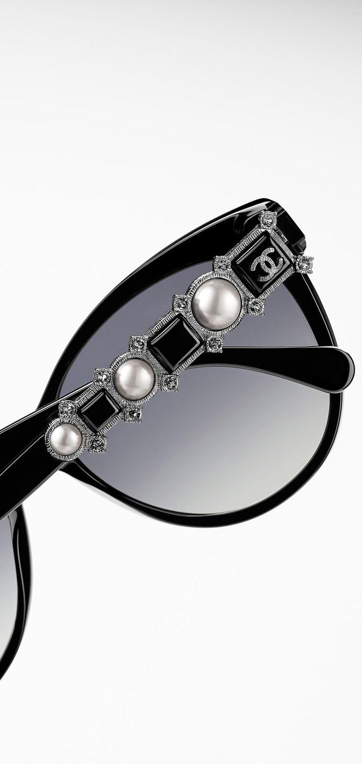 #Chanel sunglasses #pearls