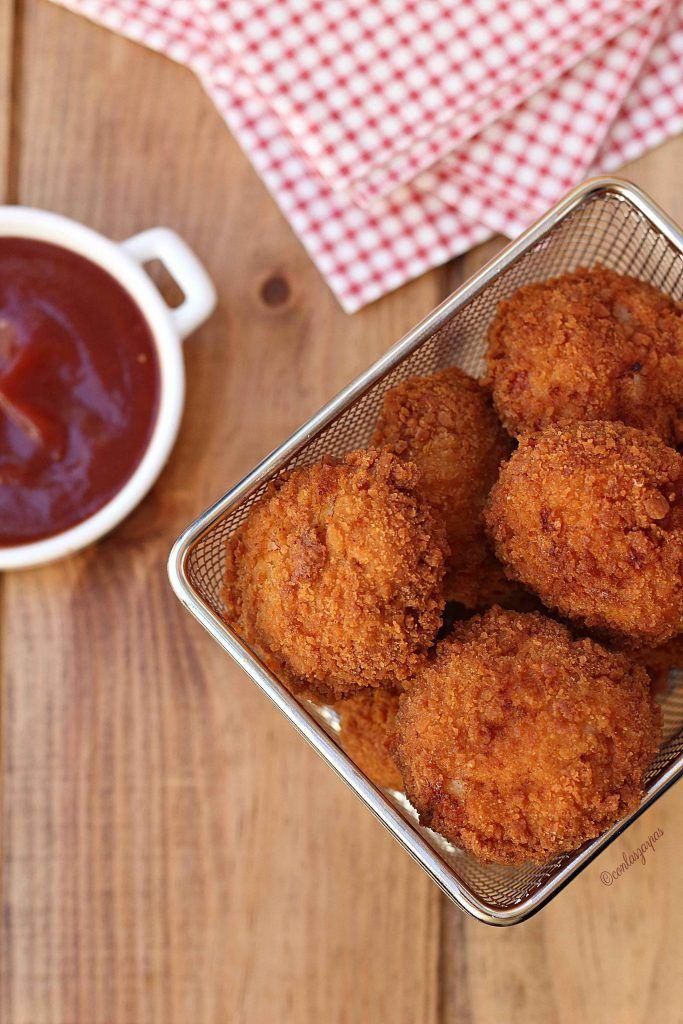 Hoy un recetón! Nuggets caseros de pollo y bacon. Vereis qué fácil y qué delicia de nuggets, vamos que ya no querreis los industriales. Lo garantizo!
