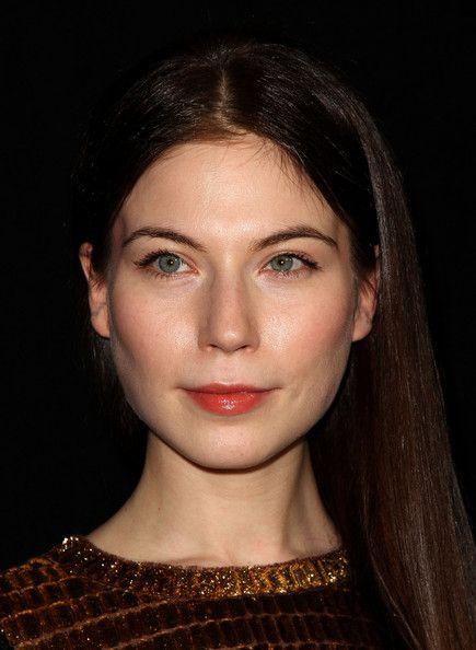 Nora Von Waldstättin, who played Gwenda in TV Mini-Series 'World Without End.' ....Superb!