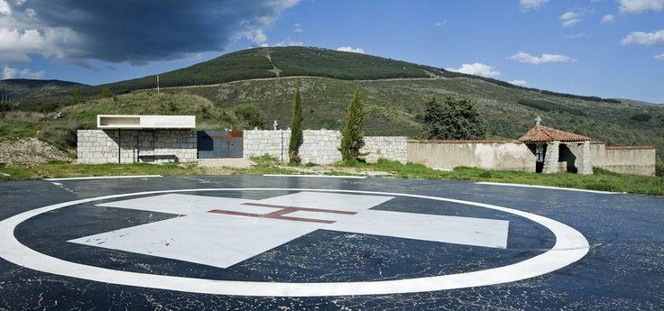 Galería de Columbario en Robregordo / MUKA Arquitectura - 24