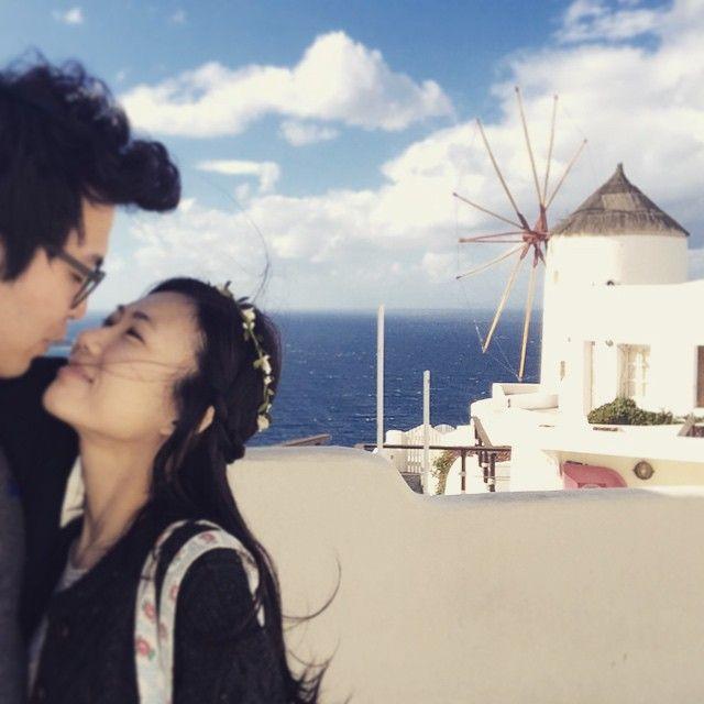 #Romance #Honeymoon #Santorini Photo credits: @doridori_dol