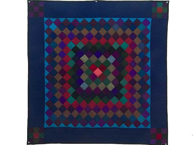 484 best Amish Quilts images on Pinterest   Amish quilts, Antique ... : amish wall quilts - Adamdwight.com