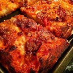 Come fare la pizza senza lievito velocemente e facilmente