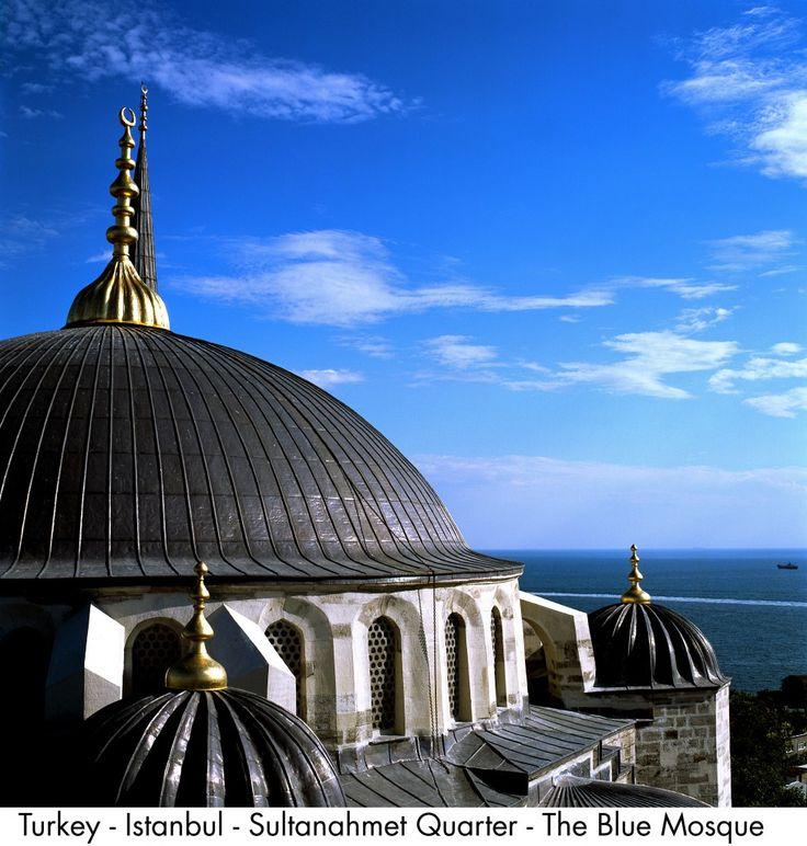 Turkey - Istanbul - Sultanahmet Quarter - The Blue Mosque