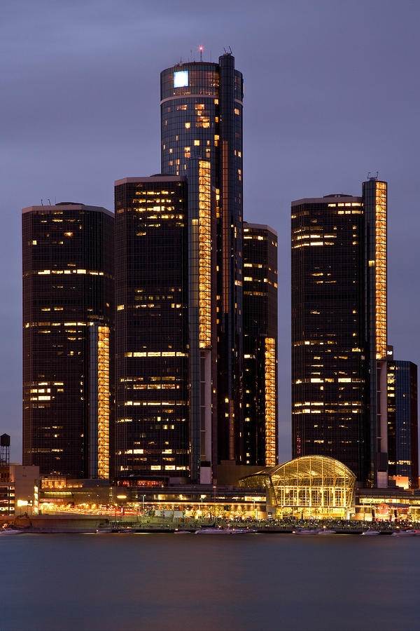 ✮ Renaissance Center At Dusk - GM World Headquarters - Detroit, Michigan