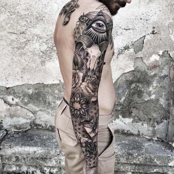 Blackwork Sleeve by Zmierzloki Tattoo