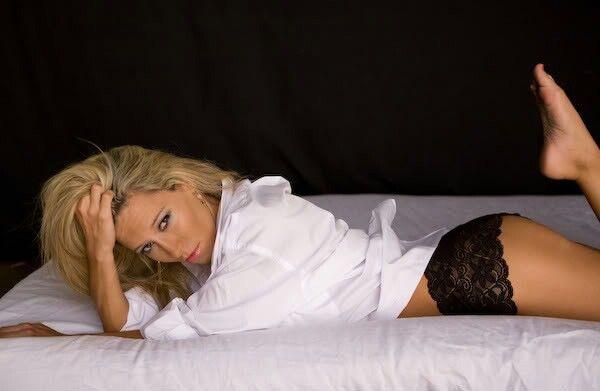 Sahsha Grether Nude Photos 24