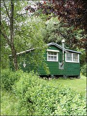 Carbeth Huts Summer (photo by Ben.Allison36)