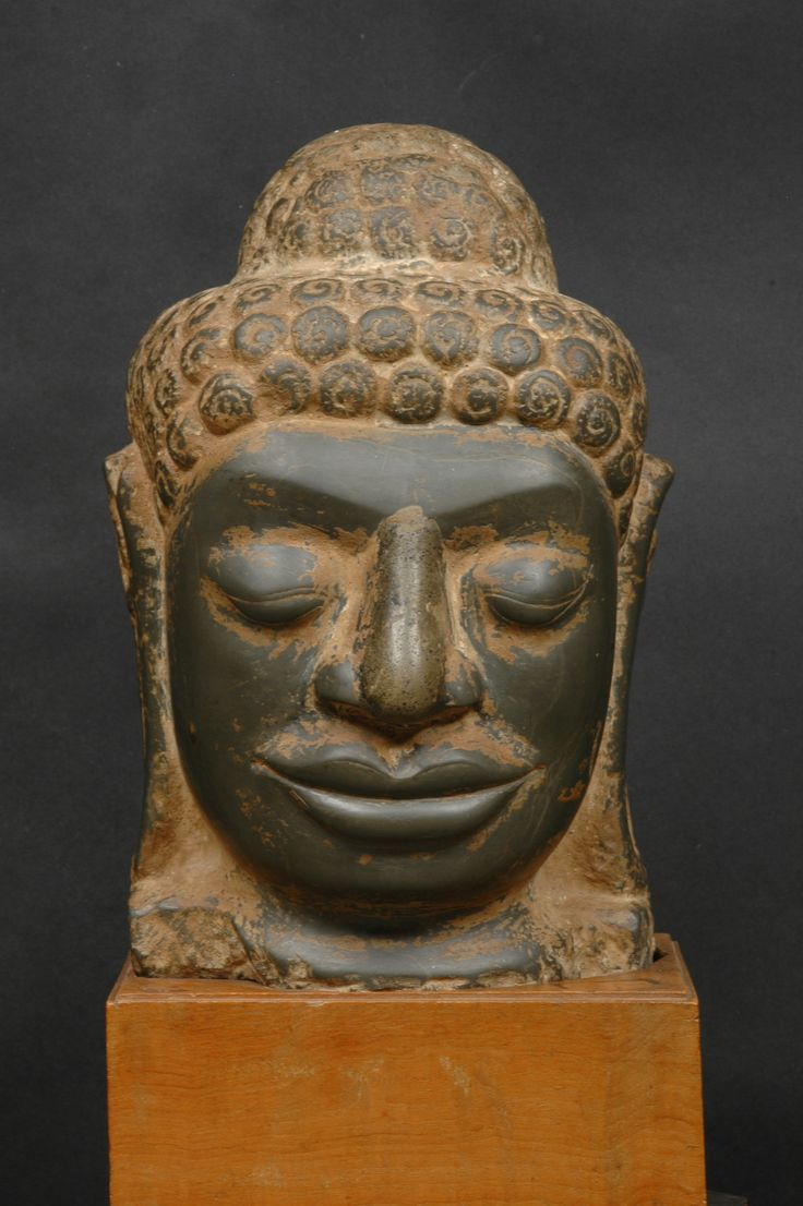 "Mon-Dvaravati green limestone head of Buddha, 8th century Thailand 11"" tall"