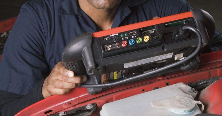 Como limpar um sensor MAP da Honda. O sensor de pressão absoluta no coletor, ou sensor MAP (manifold absolute pressure), é utilizado para medir a quantidade de ar que flui através do sistema de entrada e para dentro do motor. O sensor envia os dados para a unidade de comando eletrônico, ou UCE, que pode ajustar a relação ar-combustível para uma combustão ideal. Com o tempo, o sensor ...