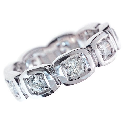 FULL CIRCLE DIAMOND CUT CUSHION PATTERN WEDDING RING Cushion Shaped Patterns Were Hand Carved In Clean Crisp 18ct White Gold Then Meticulously Bead Set With