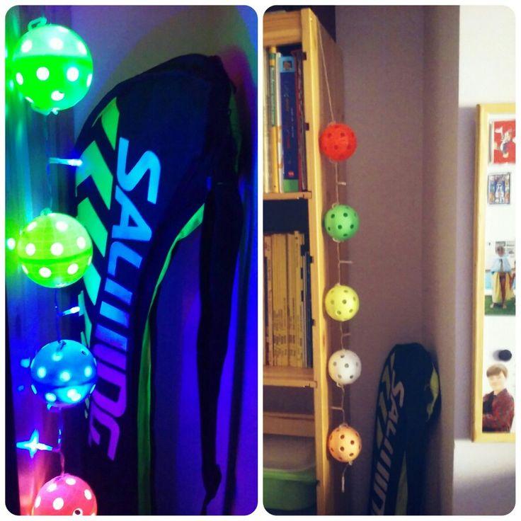 Lámpara de bolas de floorball