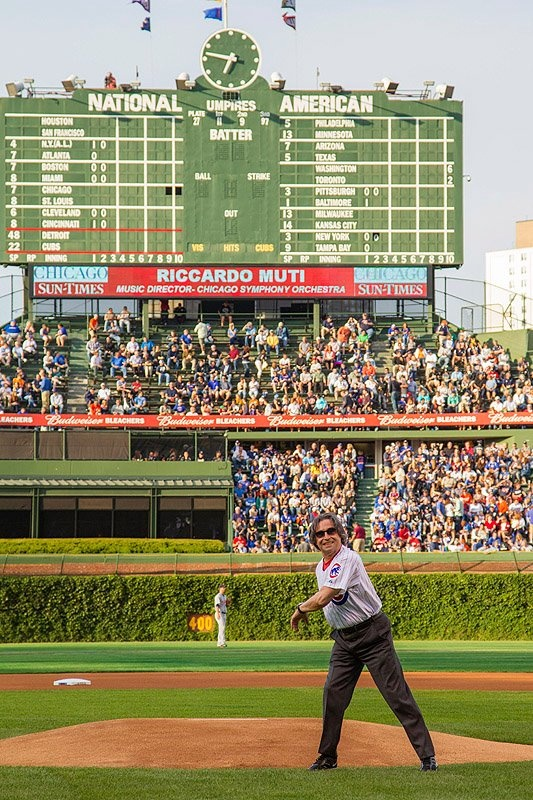 Pitch Perfect! Maestro Muti throws out the first pitch at the Cubs Game    https://www.facebook.com/chicagosymphony