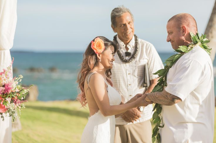 Congratulations to our beautiful couple Twinkle & Travis! They were married at the White Orchid Beach House in Makena, Maui on June 7, 2017! Bernie Freitas and Steven Cook of White OrchidWedding created their wonderful event and Karma Hill Photography captured all the lovely images. Mahalo for allowing WOW to be a part of this magical day!