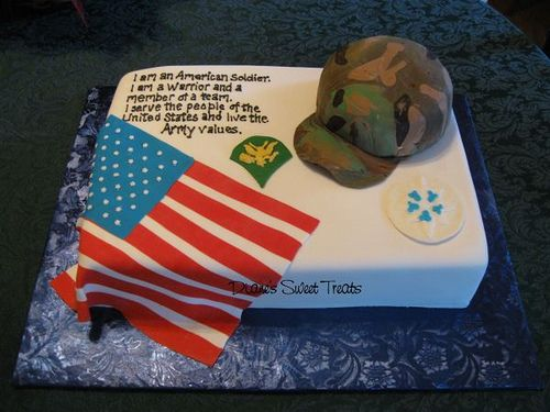 I <3 this cake! Maybe something with the Army values somewhere? @Bridget O'Brien