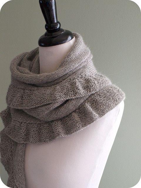 Ruffle scarf #scarfRuffle Scarf, Free Pattern, Knits Scarves, Fall Projects, Knits Pattern, Knits Shawl, Ruffles Scarf, Knits Projects, Scarf Pattern
