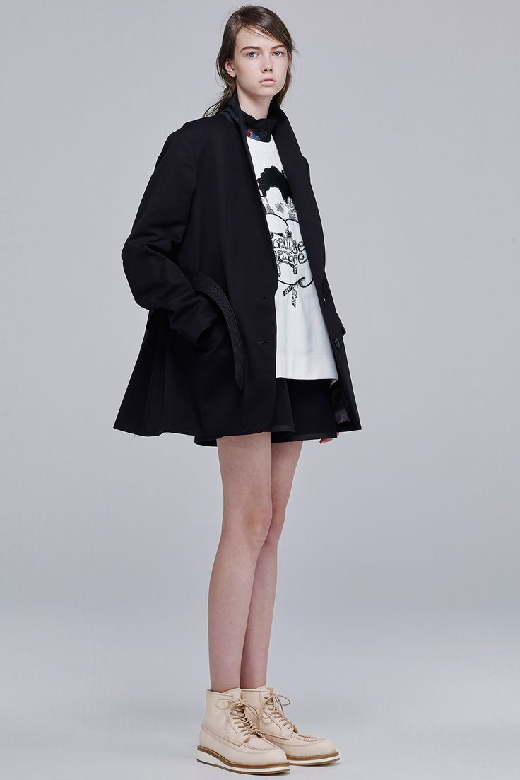 Sacai Resort 2016 - Collection - Gallery - Style.com  http://www.style.com/slideshows/fashion-shows/resort-2016/sacai/collection/32