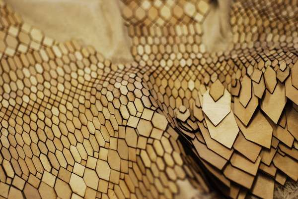 Recycled Reptilian Fashion - Biomimicry by Stefanie Nieuwenhuyse Respects and Reproduces Nature (GALLERY)
