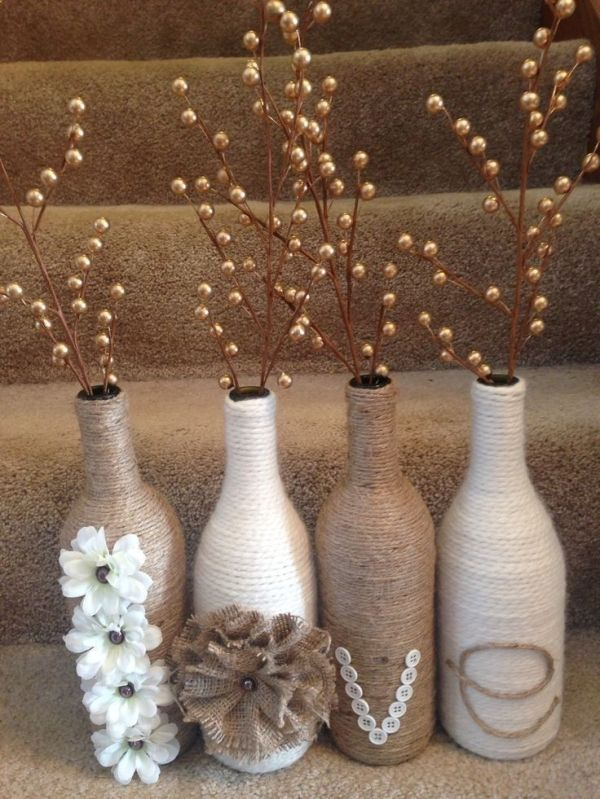 Love wine bottle set. Twine and yarn wrapped wine bottles for a great rustic set. Wine bottle craft. DIY by Hercio Dias