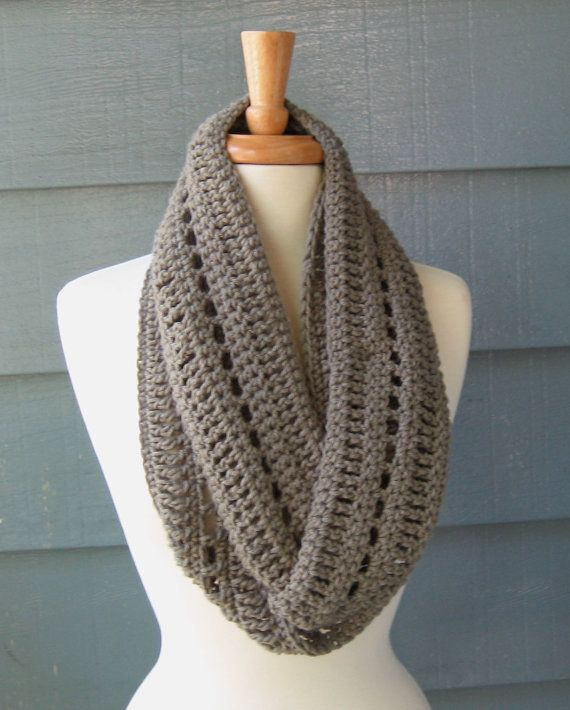 Crochet Tutorial Infinity Scarf : Infinity Scarf :) to possibly make, or be gifted