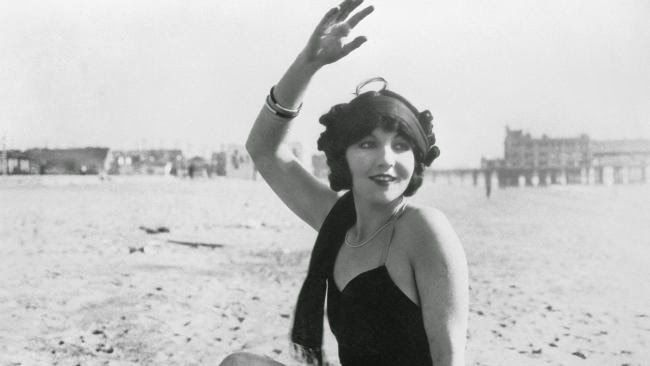 vintage everyday: 20 Beautiful Vintage Photos of Swimwear Models from the 1920s