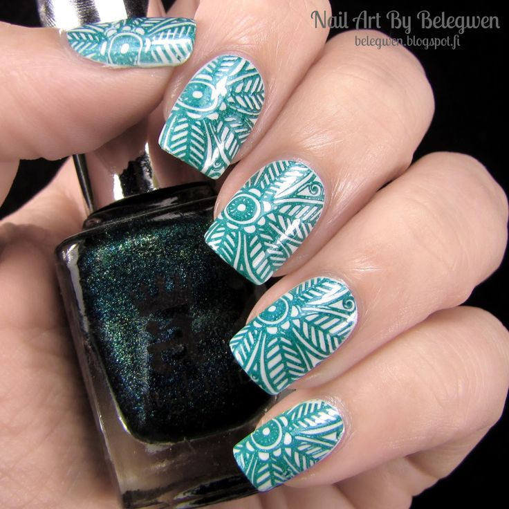 Nail Art by Belegwen: Essence Turn The Lights On! and A England Saint George