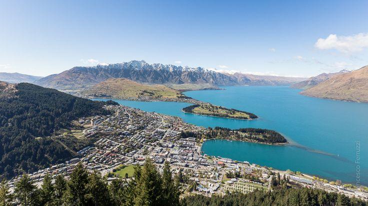 "#Queenstown, #lago #Wakatipu; panorama sulla città dalla cabinovia ""Skyline"" - New Zealand - Nuova Zelanda"